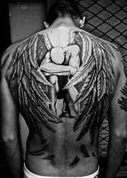 tatouage-dorsal-homme.jpg