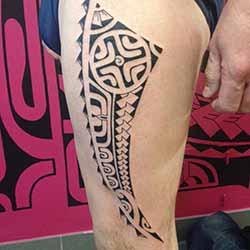 tatouage-polynesien-homme.jpg